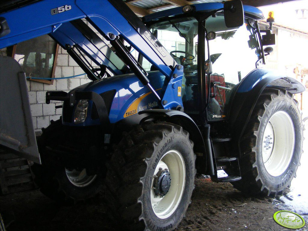 New Holland T6020 + Quicke Q56