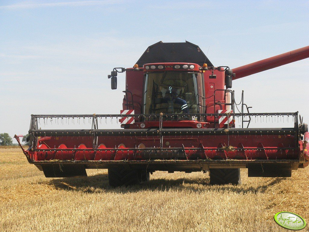 Case 8120 Axial Flow