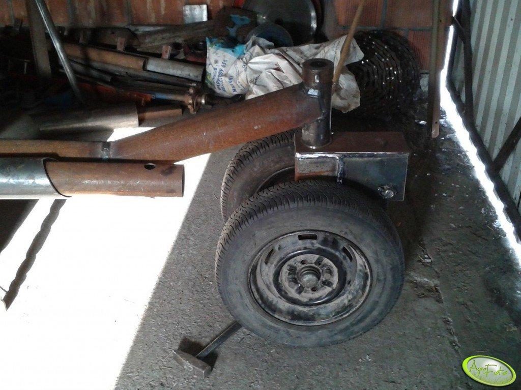 Przednii wózek hederu do pokosówki