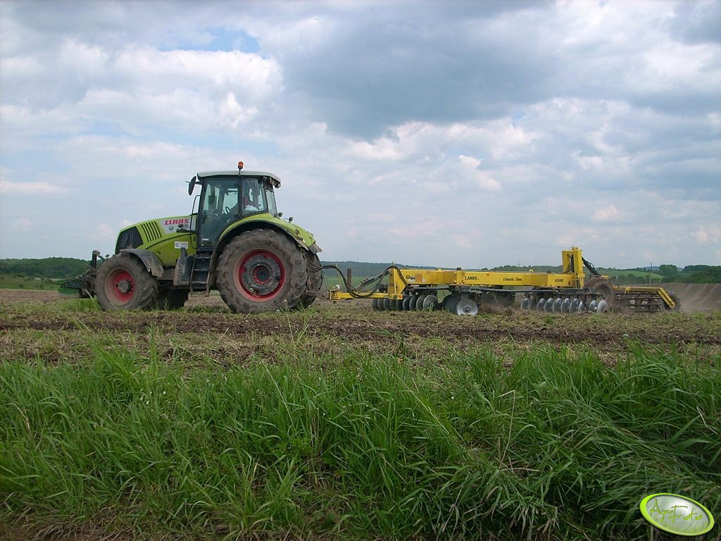 Claas Axion 850 + STROM Dowlands Classic DC 4500