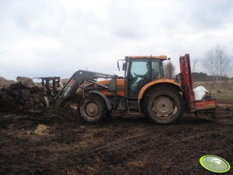 MX 120 + Renault Ares 610