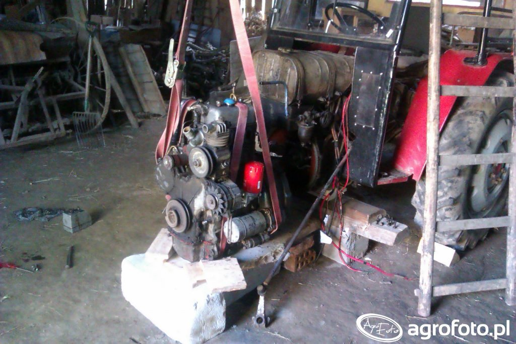 Silnik C-330