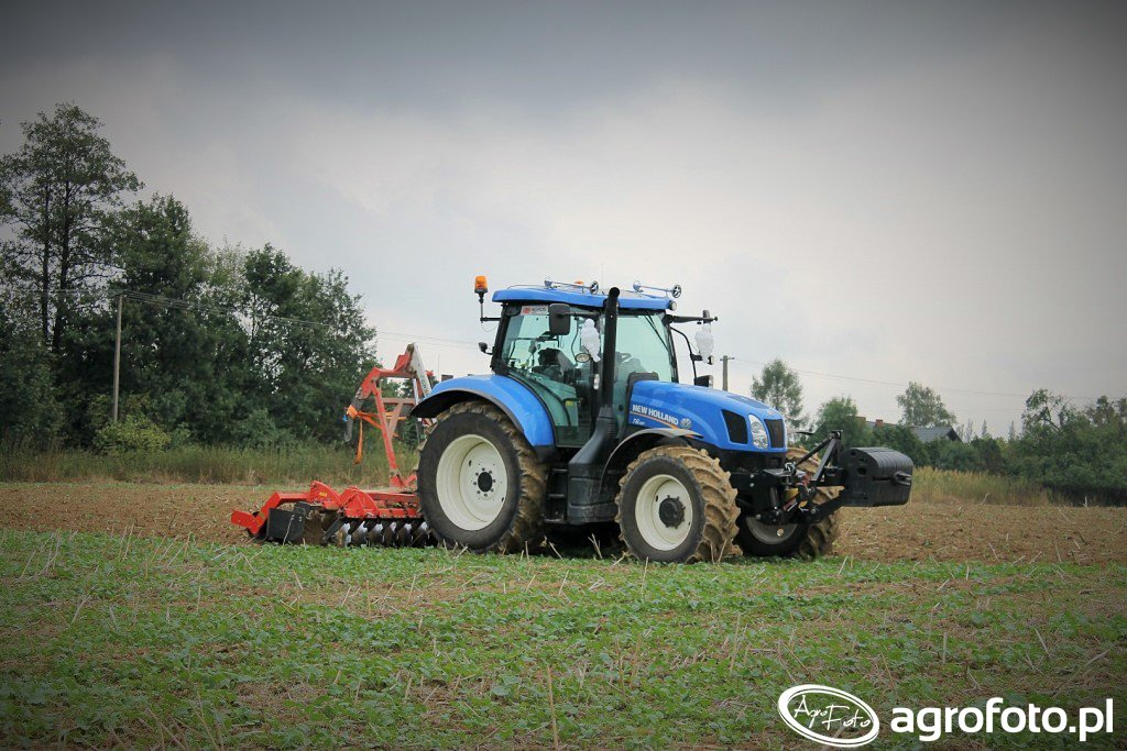 New Holland T6.155 + agregat uprawowy Grano System