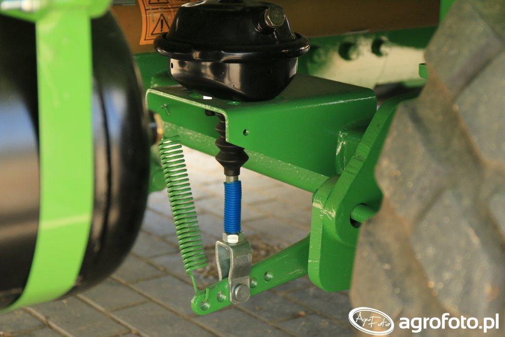 OptiFeed DUO 2400HD - pneumetyczny układ hamulcowy