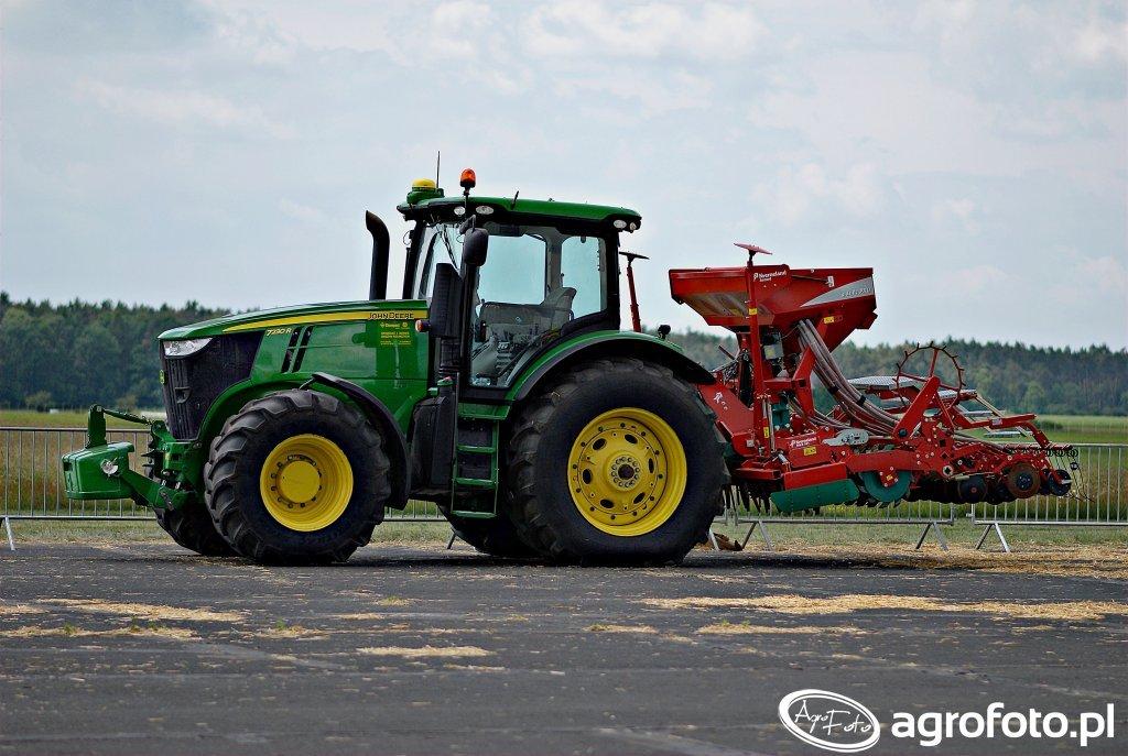 John Deere 7230R + Kverneland Accord s-drill PRO