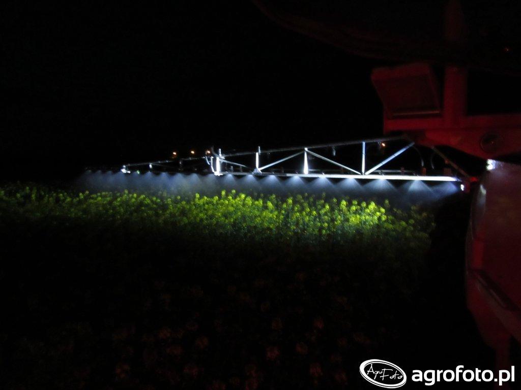 Kuhn Atlantique oświetlenie belki