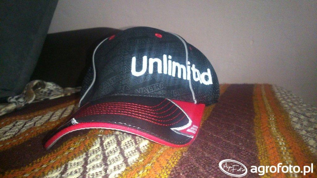 Czapka Valtra Unlimited unikatowa