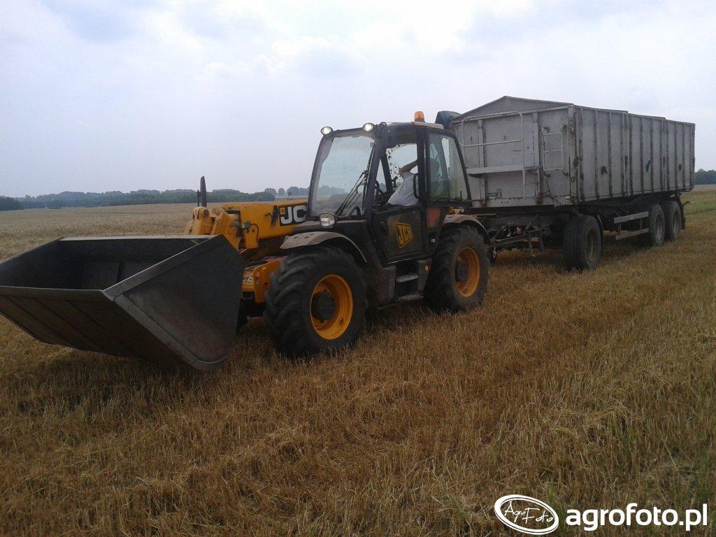 JCB 531.70 Agri + Kröger Agroliner