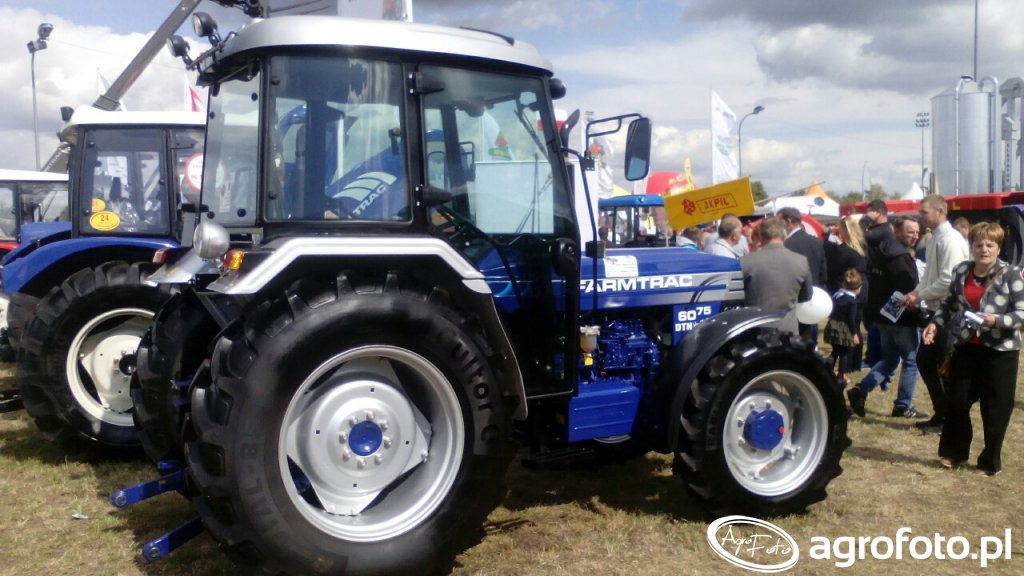 Farmtrac 6075 dtn Heritage