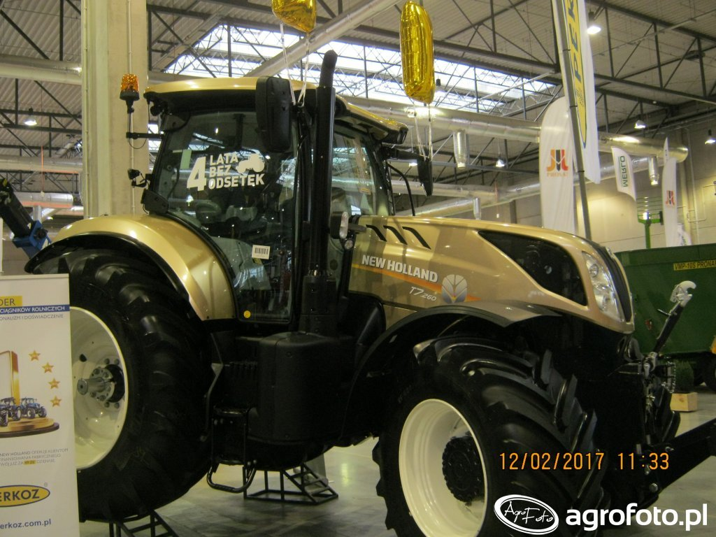 New Holland t7. 260