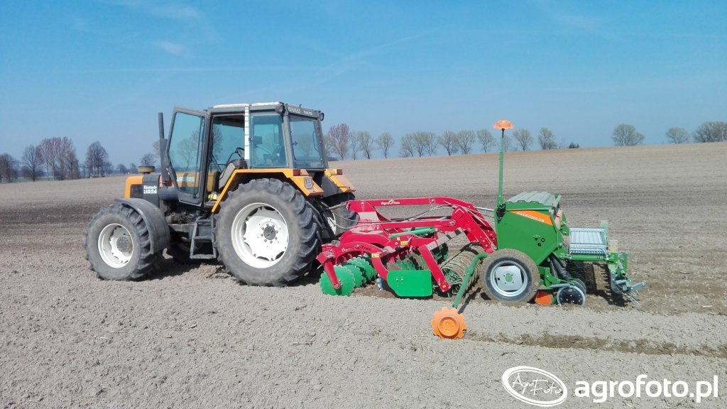 Renault 110.54 + Agro-Tom ATH 3 + Amazone D9 3000 Special