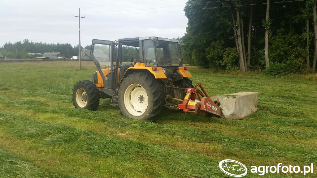 Renault Ceres 95x & Kuhn GMD 500