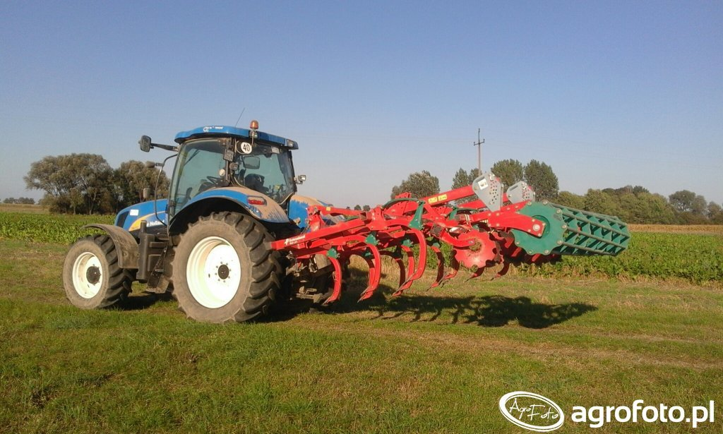 Kverneland CLC Pro & New Holland T6050 RC