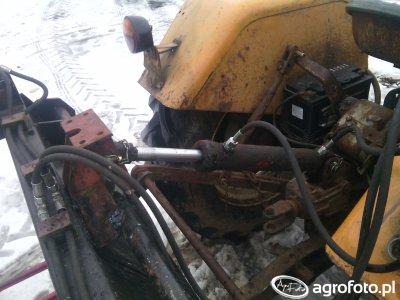 Siłownik hydrauliczny jako śruba centralna