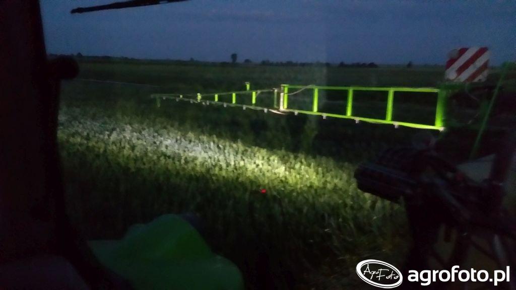 Podświetlenie belki opryskiwacza