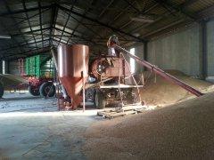 Czyszczarko - zaprawiarka do zbóż