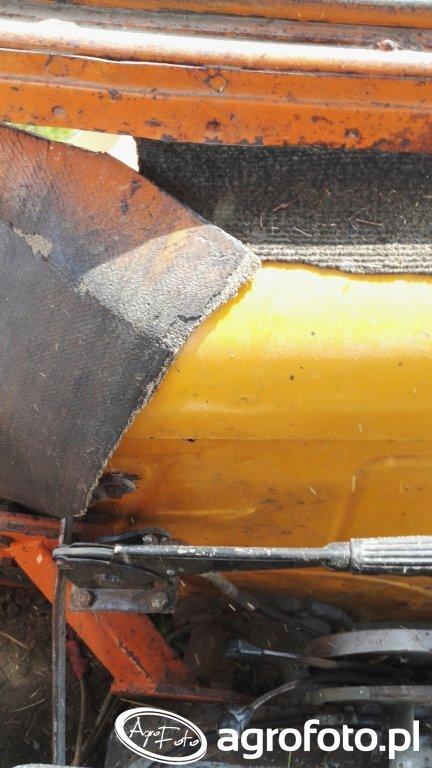 Włącznik  napędu w Ursusie C-360