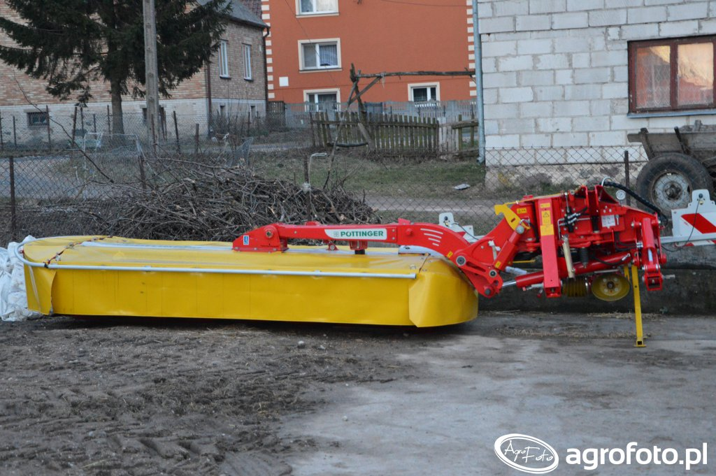 Pottinger NOVACAT 302