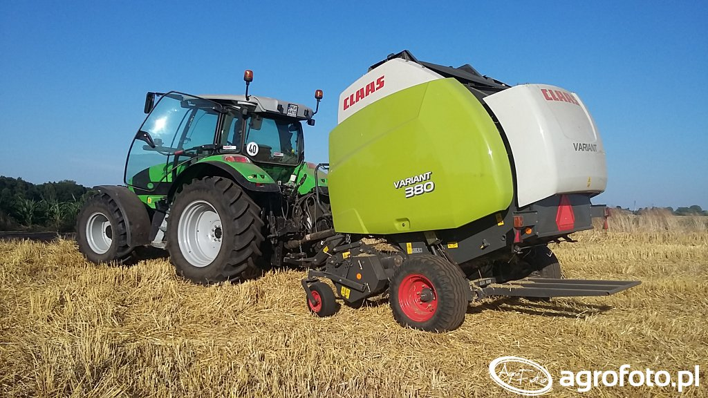 Claas Variant 380 & Deutz-Fahr Agrotron K420