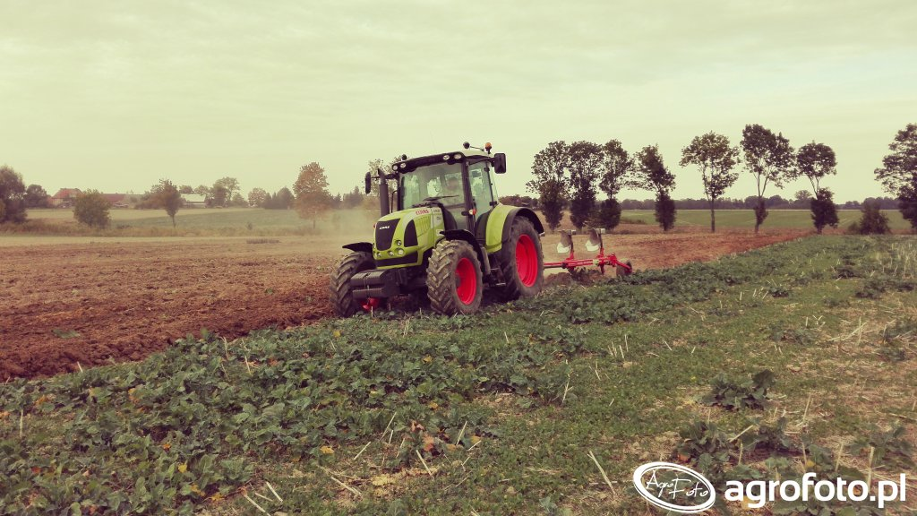 Claas Arion 520 + Gregoire Besson