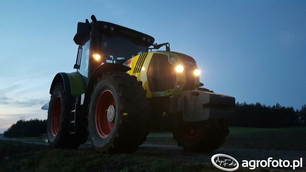 Claas Arion 620 & Overum Xcelsior