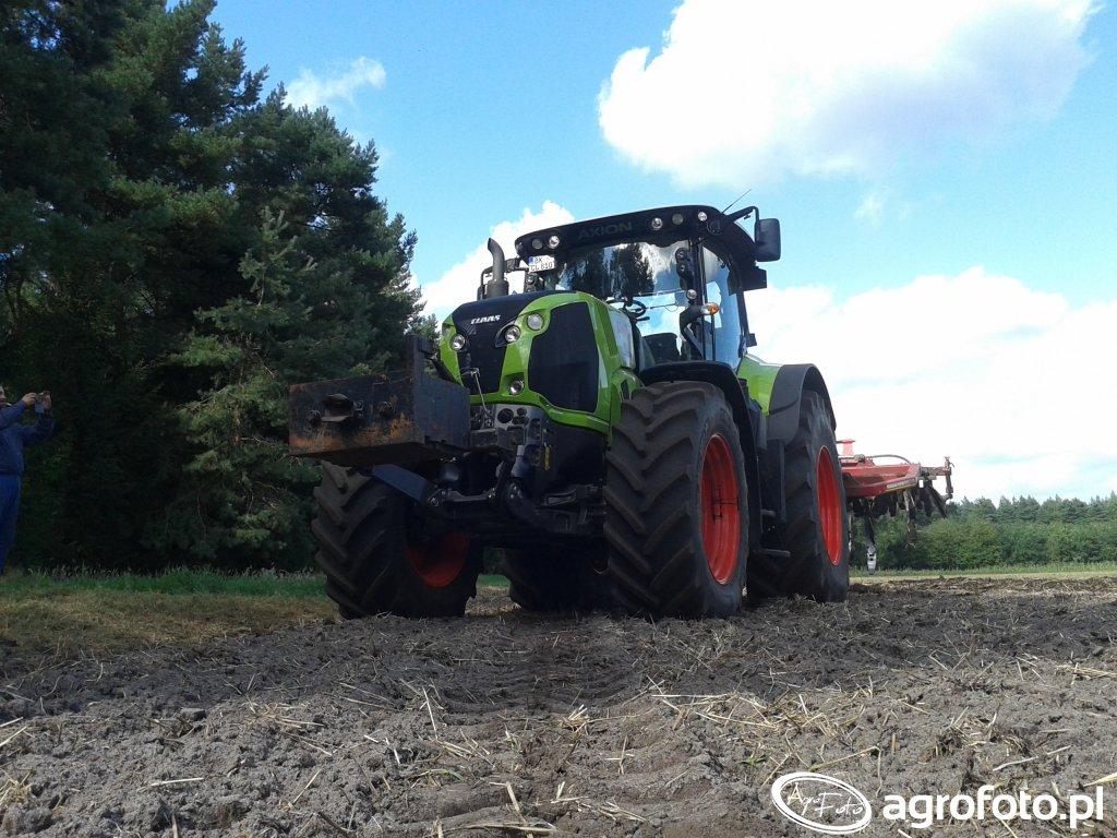 Claas Axion 810 + Horsch Terrano 4fx