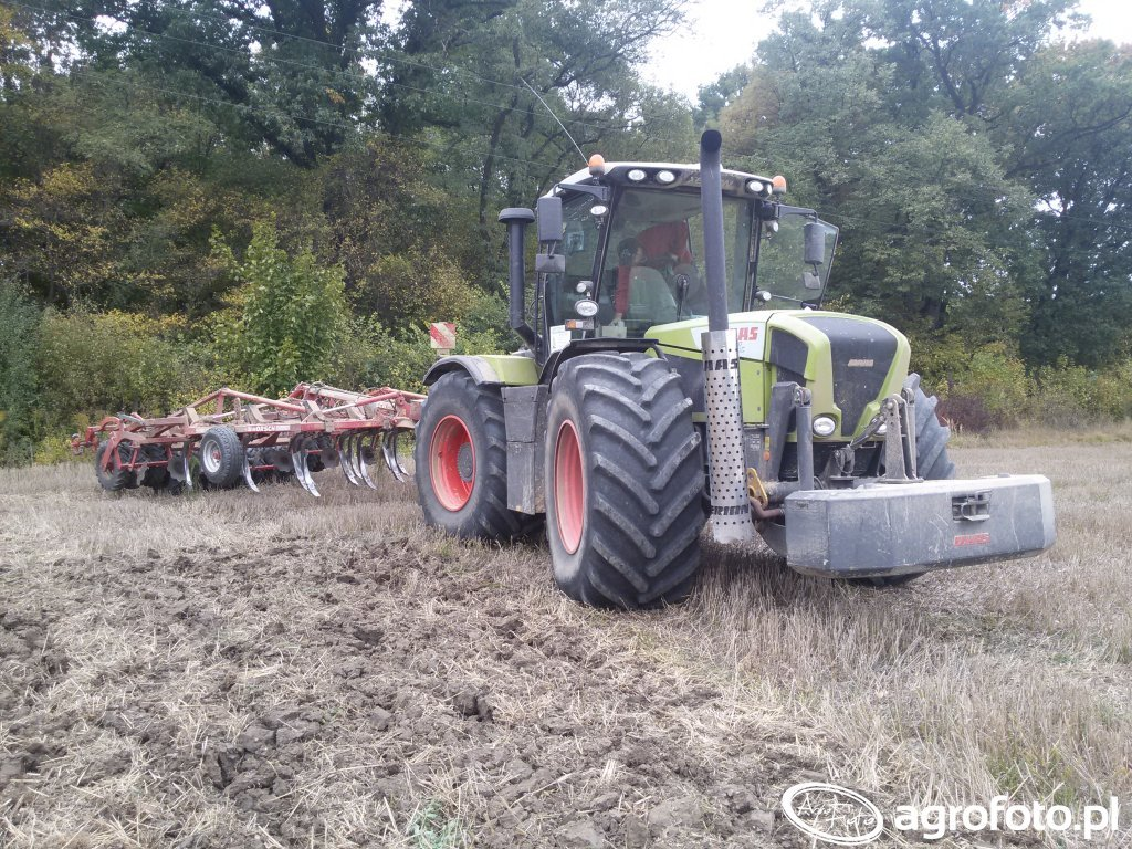 Claas Xerion 3800 & Horsch Tiger 4as