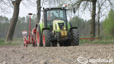 Claas Arion 610C & Kverneland Optima