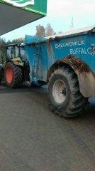 Claas Arion 420 & Euromilk Buffalo