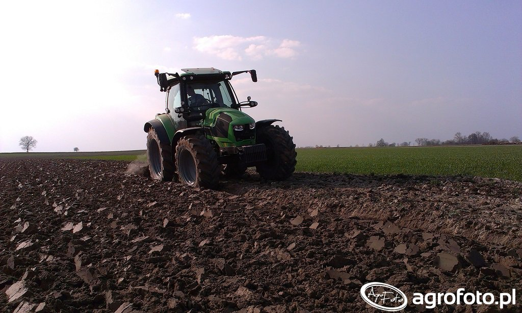 Deutz-Fahr 5110 & Overum