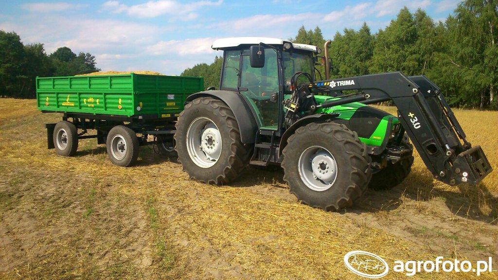 Deutz-Fahr Agrofarm 100 + Przyczepa