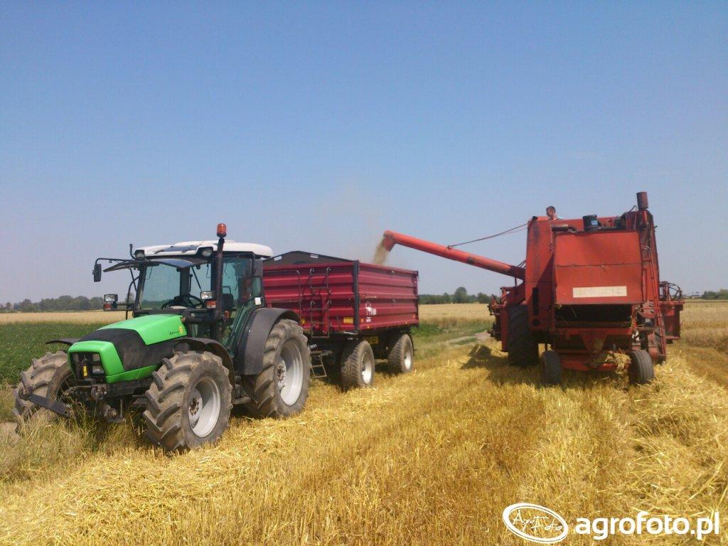 Deutz-Fahr Agrofarm 430 i Wielton 10 ton oraz Bizon Z056