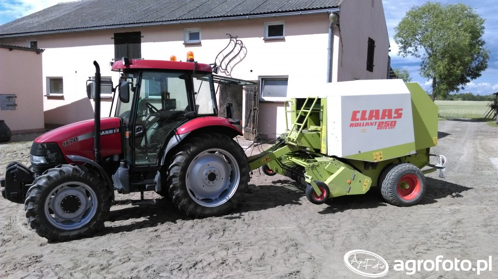 Case jx70 & Claas rollant 250