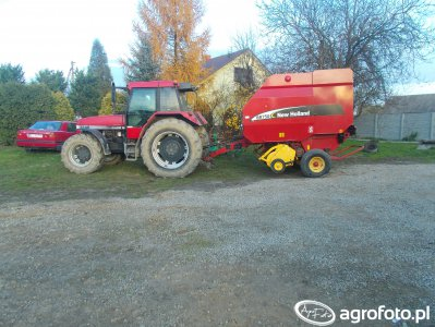 Case 5140 &  New Holland Br 750