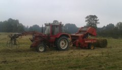 International 745xl i Welger rp12s