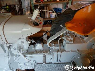 Ursus C-330 Składanie po malowaniu - 2
