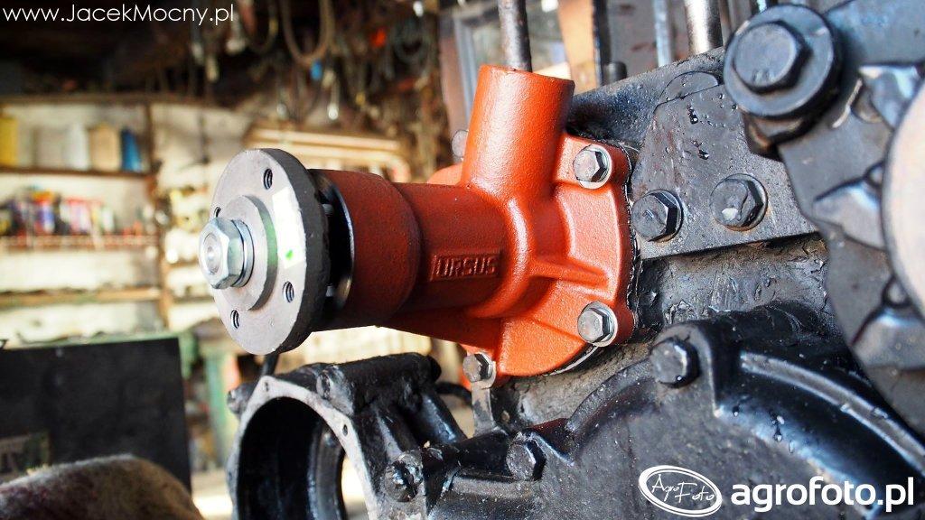 Ursus C-330 wymiana pompy wody