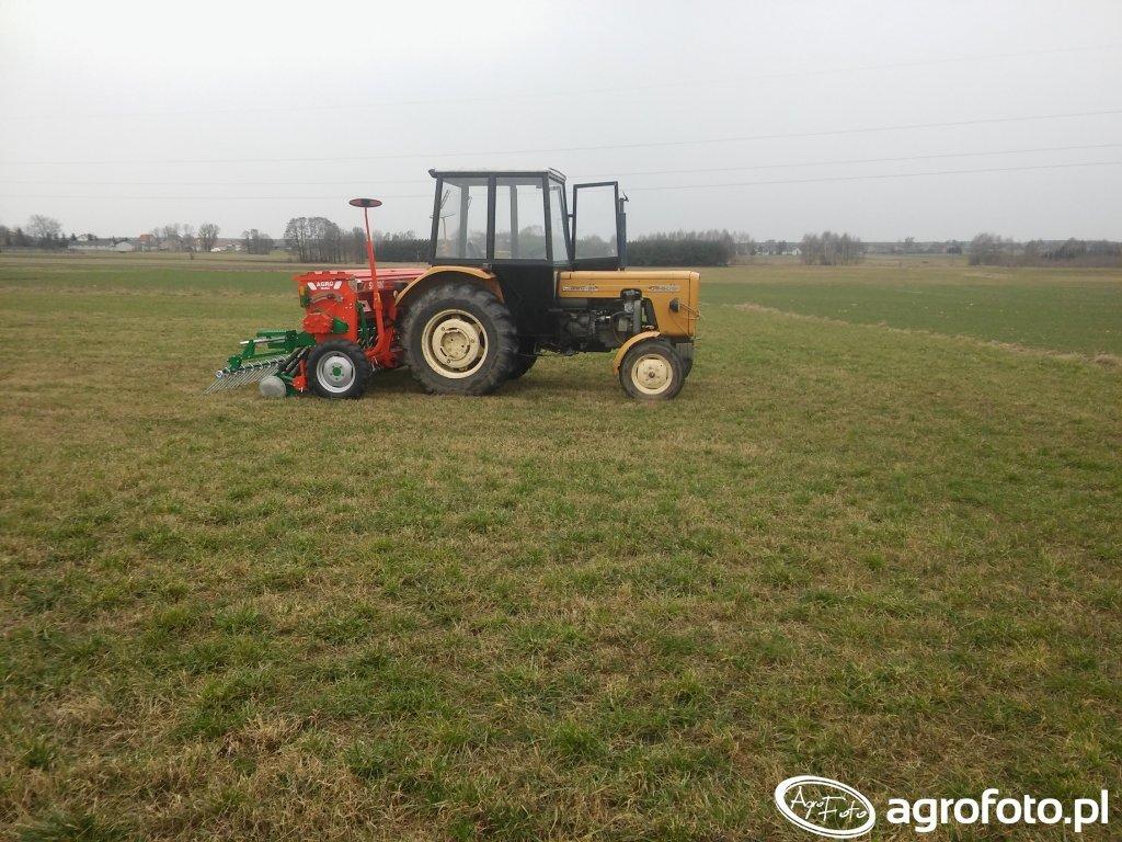 Ursus C-360 3P + Agro-Masz SR300