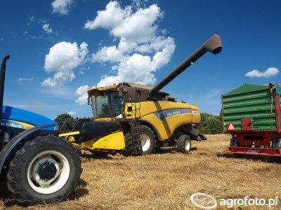 New Holland CX8030