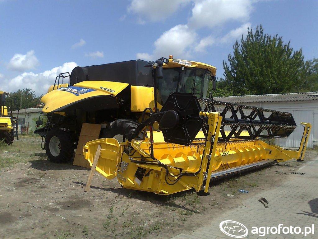 New Holland CX8090 Elevation