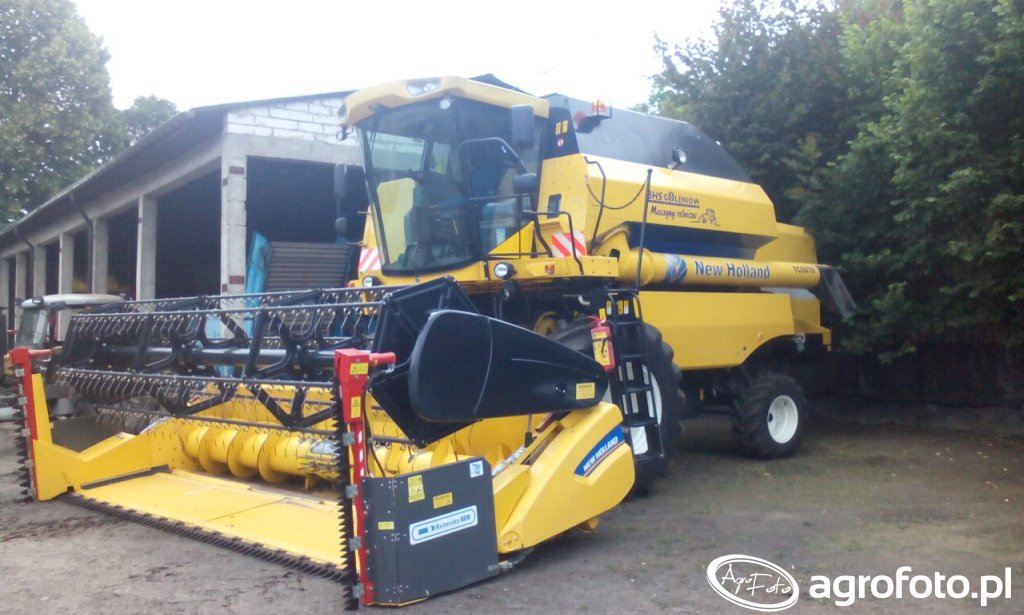 New Holland TC 5070 RS