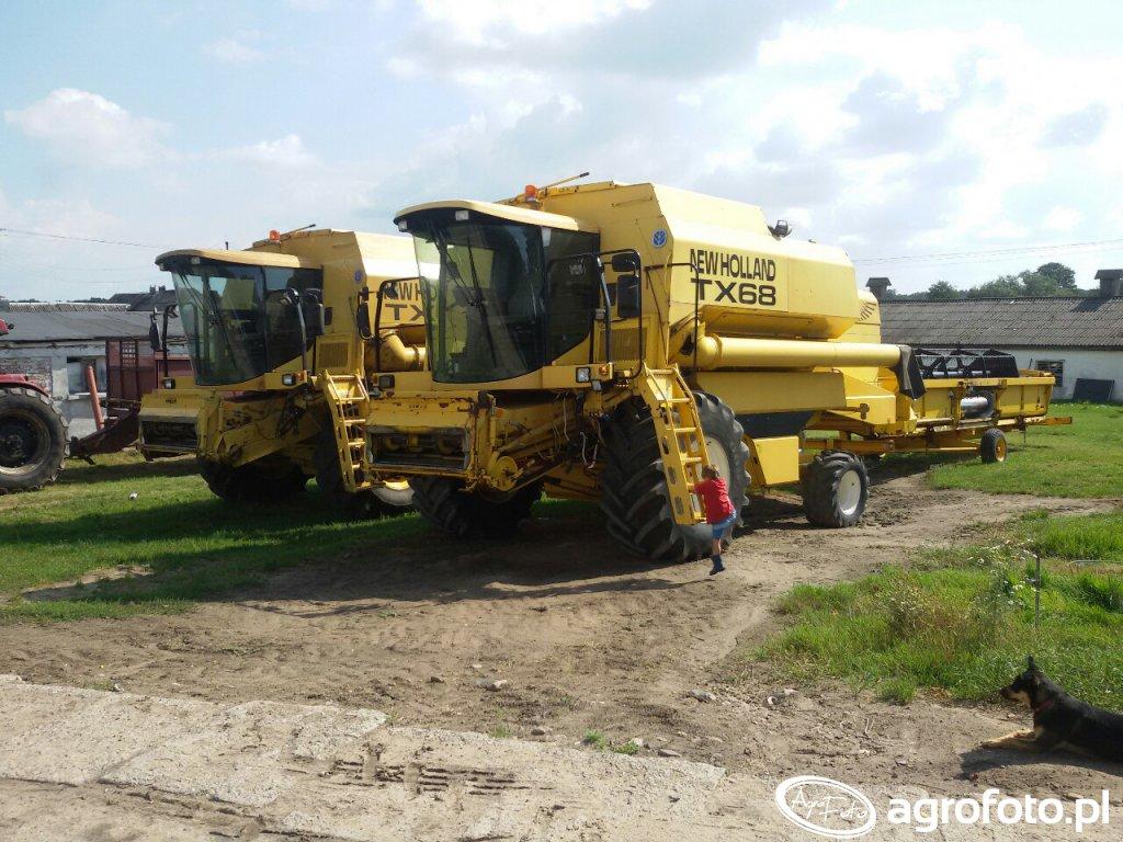 New Holland TX 68  i 68 plus