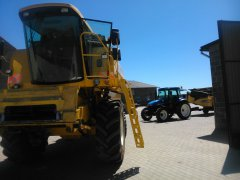 New Holland TC 56 & NEW HOLLAND TD 5020