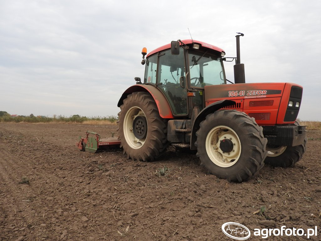 Zetor 10641 Forterra Turbo + Unia Group Hermes 3m