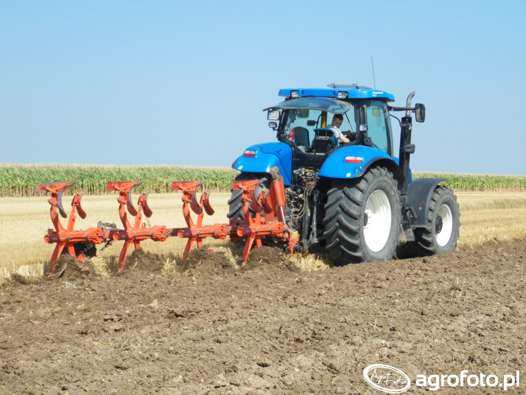 New Holland T6080 + Kuhn Multimaster 122