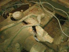 Pęknięty kadłub podnośnika w ursusie c-362