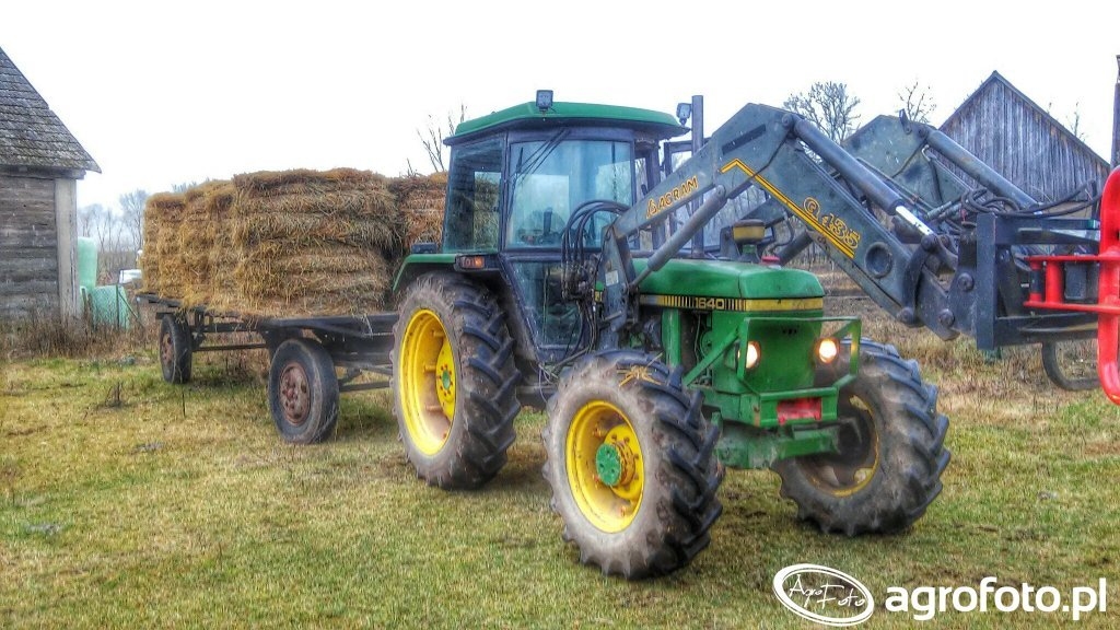 John Deere 1640 & Laweta do bel