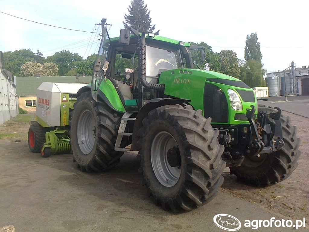 Crystal Orion & Claas Rollant 255