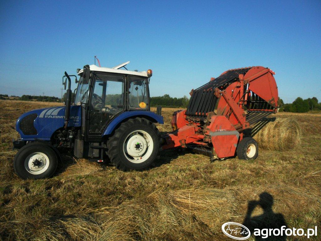 Farmtrac 555 + Hesston 5700