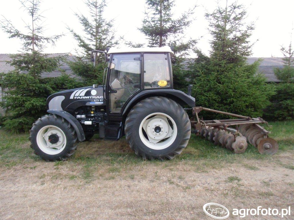 Farmtrac 675DT + brona talerzowa grudziądzka